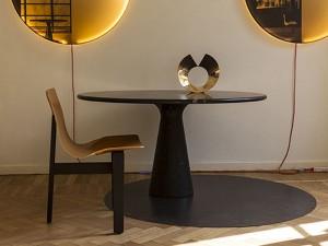 Agapecasa M round table in marble AEMMC135