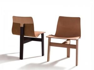 Agapecasa Tre 3 three legs chair ATRE530
