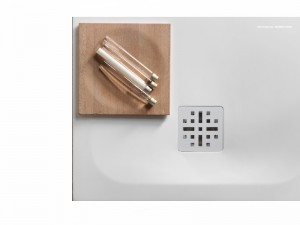 Falper H3 shower tray with central waste WBS