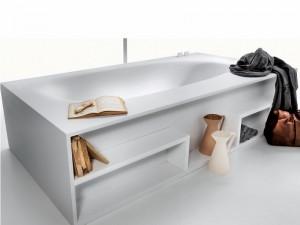 Falper Vascamisura freestanding hot tub with wood shelves VKE