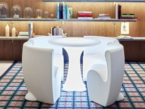 Myyour Community 4 table with RGB led and chairs 12114COMM